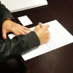 労働契約書に必ず記載されていなければならない事項とは?